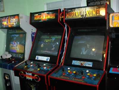 Mortal Kombat II Arcade Machine
